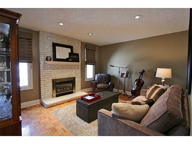 Photo 5: Photos: 5 CAMPFIRE CT in BARRIE: House for sale : MLS®# 1403506