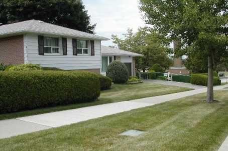 Main Photo:  in Toronto: House (Sidesplit 3) for sale (C15: TORONTO)  : MLS®# C1731516