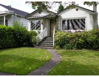 Photo 1: 2865 W 18TH Avenue in Vancouver: Arbutus House for sale (Vancouver West)  : MLS®# V653433