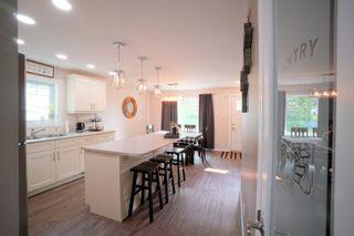 Photo 5: 29 10th ST NE in Portage la Prairie: House for sale : MLS®# 202120303