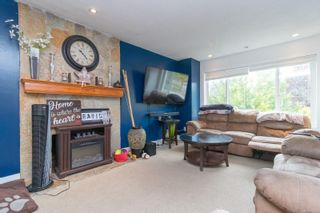 Photo 6: 2689 Myra Pl in : VR Six Mile House for sale (View Royal)  : MLS®# 879093