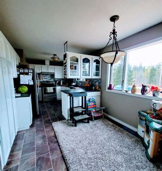 """Photo 10: 5685 BENDIXON Road in Prince George: Pineview House for sale in """"PINEVIEW"""" (PG Rural South (Zone 78))  : MLS®# R2574911"""