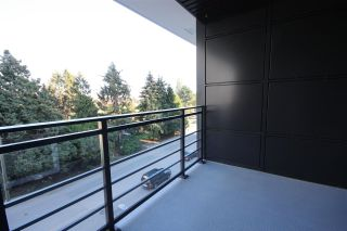 """Photo 15: 512 3333 SEXSMITH Road in Richmond: West Cambie Condo for sale in """"SORRENTO EAST"""" : MLS®# R2309692"""