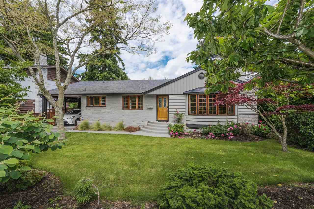 Photo 2: Photos: 5743 16 Avenue in Delta: Beach Grove House for sale (Tsawwassen)  : MLS®# R2176519