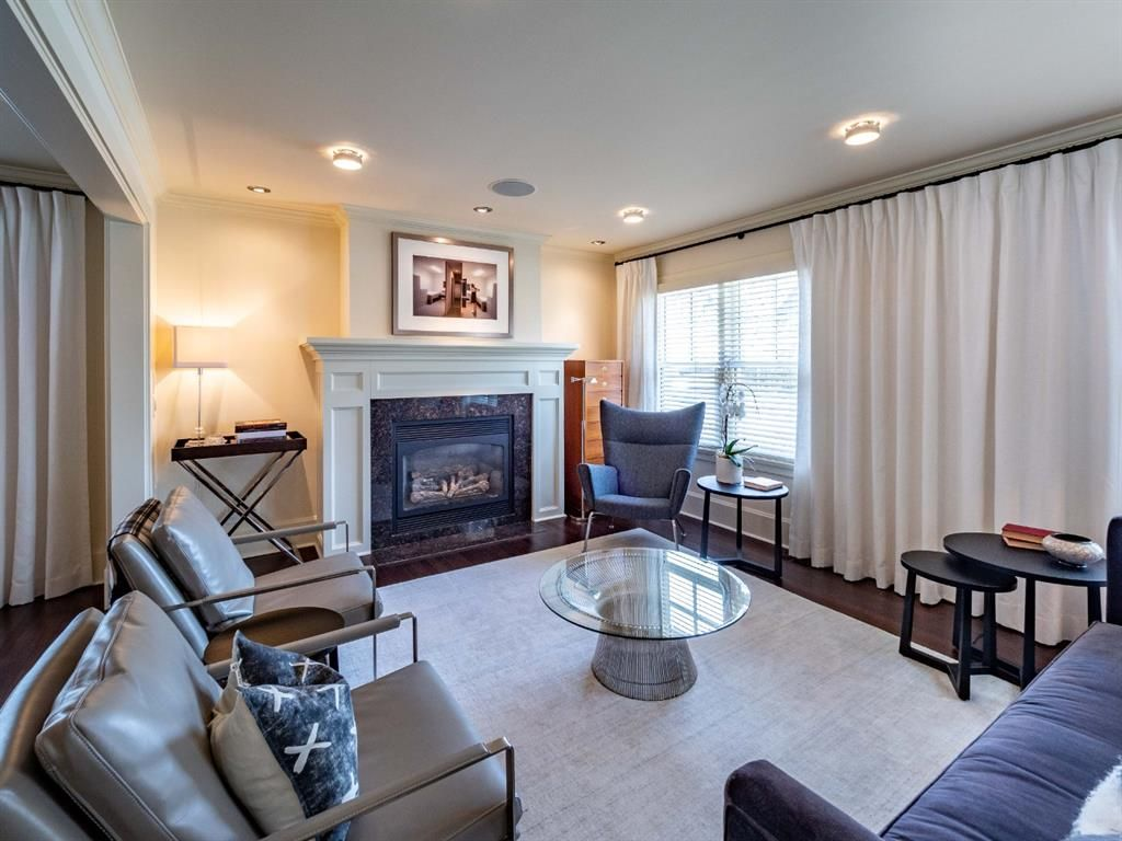 Main Photo: 923 38 Avenue SW in Calgary: Elbow Park Detached for sale : MLS®# A1103529