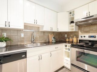 """Photo 16: 306 2215 DUNDAS Street in Vancouver: Hastings Condo for sale in """"Harbour Reach"""" (Vancouver East)  : MLS®# R2624981"""