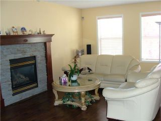 Photo 3: 7 MARTHA'S HAVEN Heath NE in CALGARY: Martindale Residential Detached Single Family for sale (Calgary)  : MLS®# C3619435