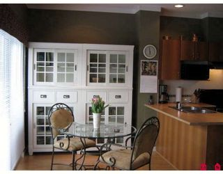 "Photo 2: 68 12677 63RD Avenue in Surrey: Panorama Ridge Townhouse for sale in ""Sunridge"" : MLS®# F2809311"