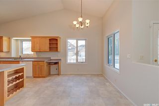 Photo 8: 100 6th Street North in Martensville: Residential for sale : MLS®# SK838358