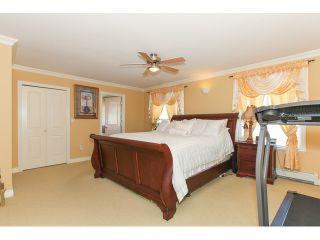 """Photo 14: 14861 74TH Avenue in Surrey: East Newton House for sale in """"CHIMNEY HEIGHTS"""" : MLS®# F1438528"""