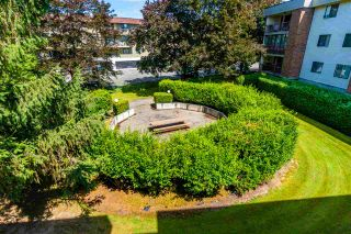 """Photo 31: 1320 45650 MCINTOSH Drive in Chilliwack: Chilliwack W Young-Well Condo for sale in """"PHEONIXDALE 1"""" : MLS®# R2555685"""