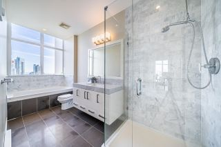 """Photo 15: 2703 6188 WILSON Avenue in Burnaby: Metrotown Condo for sale in """"JEWEL"""" (Burnaby South)  : MLS®# R2618857"""