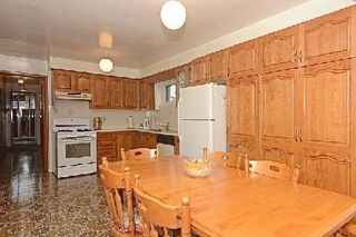 Photo 5: 113 Hickorynut Drive in Toronto: Pleasant View House (Bungalow-Raised) for sale (Toronto C15)  : MLS®# C3037730
