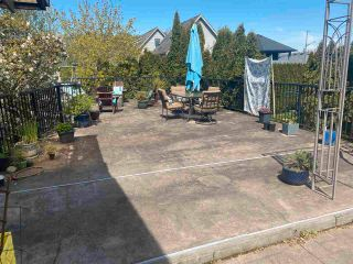 Photo 2: 4529 SAVOY Street in Ladner: Port Guichon House for sale : MLS®# R2577684