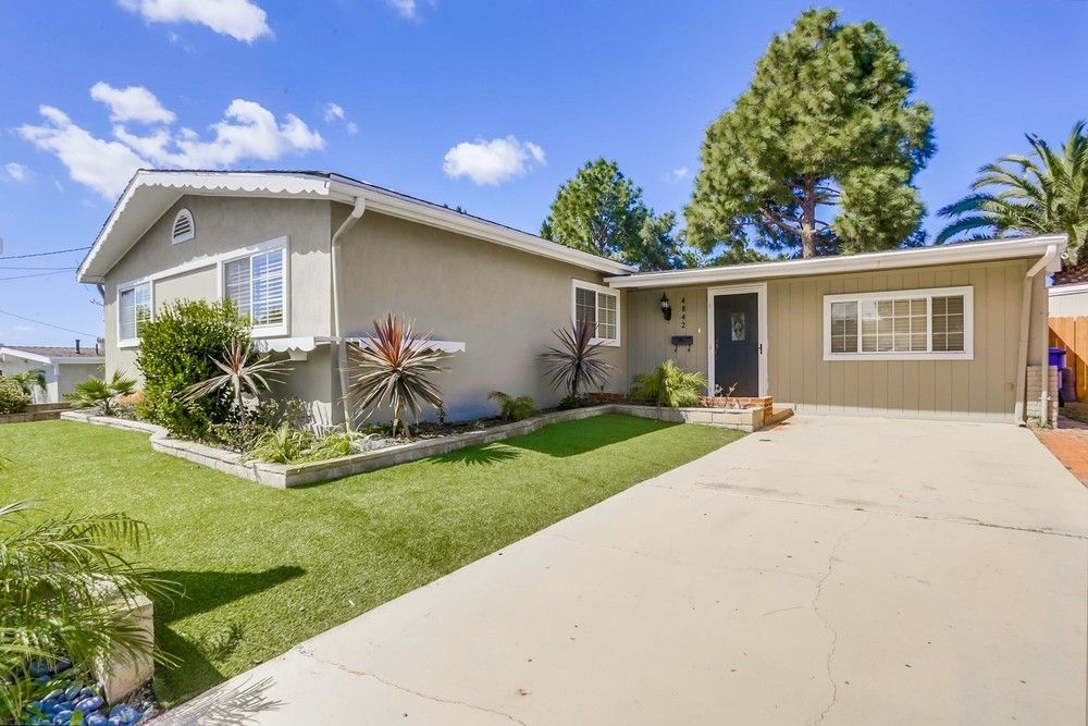 Main Photo: CLAIREMONT House for sale : 4 bedrooms : 4842 Kings Way in San Diego
