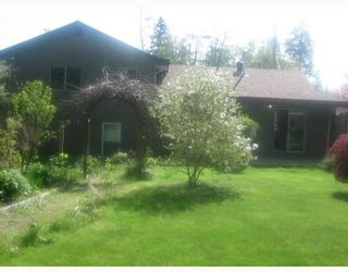 "Photo 10: 587 OCEANVIEW Drive in Gibsons: Gibsons & Area House for sale in ""WOODCREEK PARK"" (Sunshine Coast)  : MLS®# V645996"
