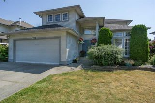 Photo 1: 5946 188 Street in Surrey: Cloverdale BC House for sale (Cloverdale)  : MLS®# R2189626