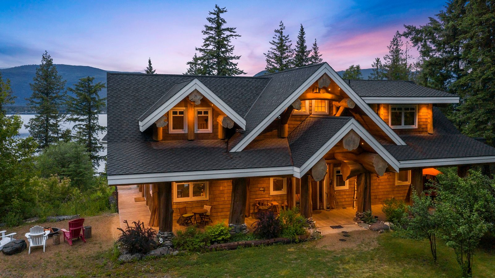 Main Photo: 1897 Blind Bay Road: Blind Bay House for sale (Shuswap Lake)  : MLS®# 10233379