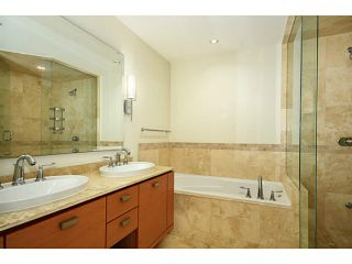 """Photo 11: 1503 1925 ALBERNI Street in Vancouver: West End VW Condo for sale in """"LAGUNA PARKSIDE"""" (Vancouver West)  : MLS®# V1029100"""