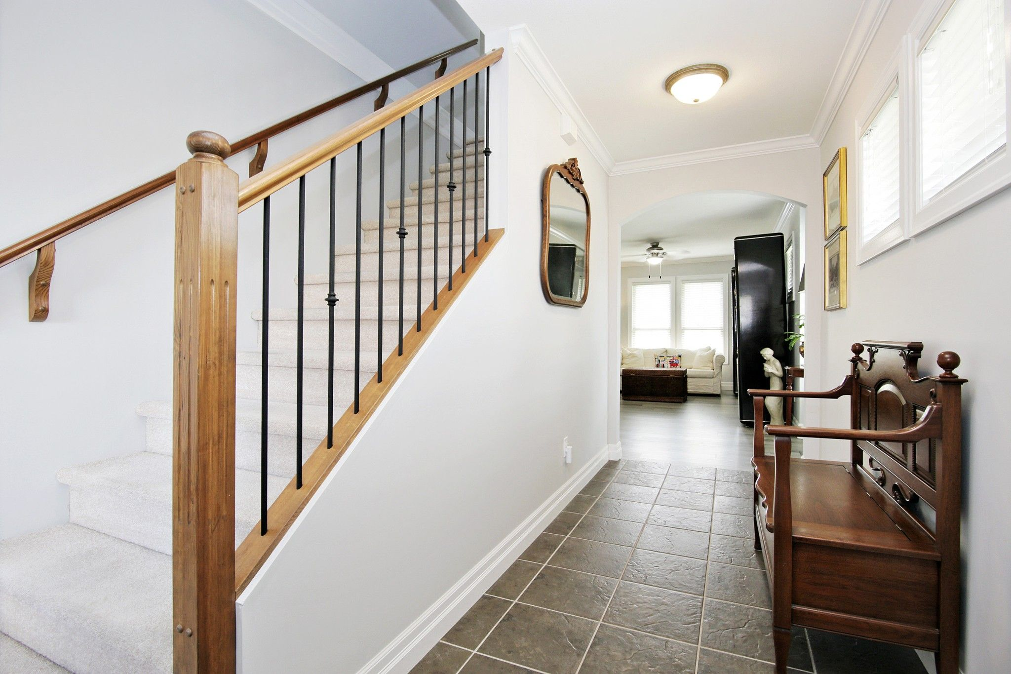 """Photo 4: Photos: 25 6450 BLACKWOOD Lane in Chilliwack: Sardis West Vedder Rd Townhouse for sale in """"THE MAPLES"""" (Sardis)  : MLS®# R2581381"""
