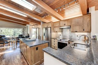 Photo 12: 2607 Canmore Road NW in Calgary: Banff Trail Semi Detached for sale : MLS®# A1146010
