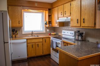 Photo 3: 508 Stovel Avenue West in Melfort: Residential for sale : MLS®# SK868424