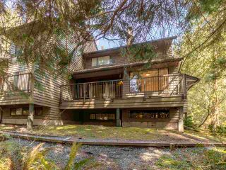 """Photo 36: 867 FREDERICK Road in North Vancouver: Lynn Valley Townhouse for sale in """"Laura Lynn"""" : MLS®# R2569757"""
