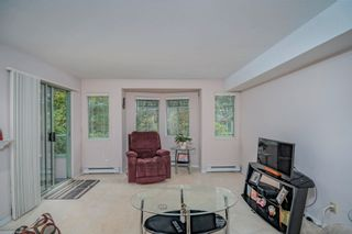 """Photo 4: 316 6735 STATION HILL Court in Burnaby: South Slope Condo for sale in """"COURTYARDS"""" (Burnaby South)  : MLS®# R2615271"""