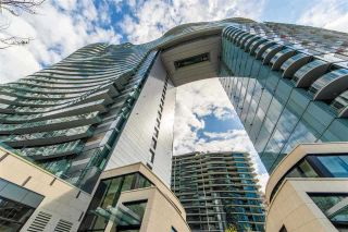 Photo 1: 913 89 NELSON Street in Vancouver: Yaletown Condo for sale (Vancouver West)  : MLS®# R2560014