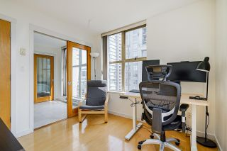 """Photo 14: 2006 989 RICHARDS Street in Vancouver: Downtown VW Condo for sale in """"The Mondrian I"""" (Vancouver West)  : MLS®# R2592338"""