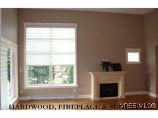 Photo 11: 207 2717 Peatt Rd in VICTORIA: La Langford Proper Condo for sale (Langford)  : MLS®# 495348
