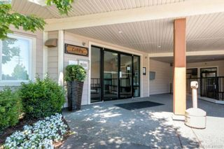 Photo 2: 101 7088 West Saanich Rd in BRENTWOOD BAY: CS Brentwood Bay Condo for sale (Central Saanich)  : MLS®# 801470
