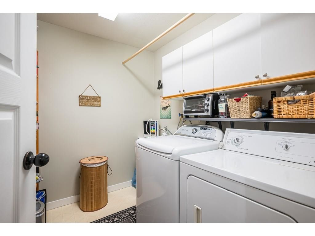 """Photo 21: Photos: 306 5450 208 Street in Langley: Langley City Condo for sale in """"Montgomery Gate"""" : MLS®# R2608181"""