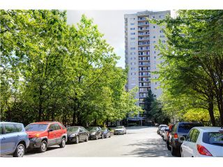 """Photo 5: 302 3901 CARRIGAN Court in Burnaby: Government Road Condo for sale in """"LOUGHEED ESTATES II"""" (Burnaby North)  : MLS®# V1023256"""