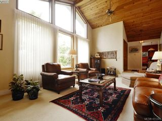 Photo 4: 2780 Arbutus Rd in VICTORIA: SE Ten Mile Point House for sale (Saanich East)  : MLS®# 815175