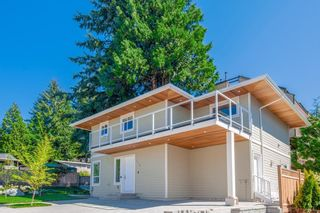 Photo 3: 116 W WINDSOR Road in North Vancouver: Upper Lonsdale House for sale : MLS®# R2609278