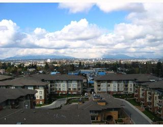 """Photo 2: 8871 LANSDOWNE Road in Richmond: Brighouse Condo for sale in """"CENTRE POINT"""" : MLS®# V640031"""
