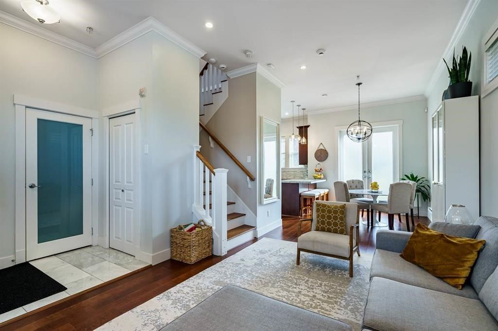 """Main Photo: 808 GORE Avenue in Vancouver: Mount Pleasant VE Townhouse for sale in """"STRATHCONA GATEWAY"""" (Vancouver East)  : MLS®# R2565271"""