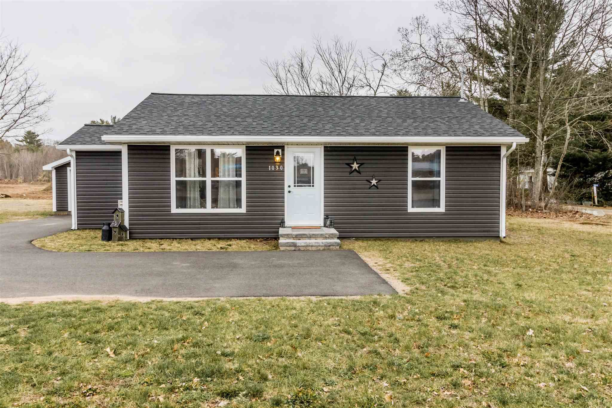Main Photo: 1030 Central Avenue in Greenwood: 404-Kings County Residential for sale (Annapolis Valley)  : MLS®# 202108921