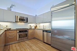 Photo 9: 801 S Grand Avenue Unit 1311 in Los Angeles: Residential for sale (C42 - Downtown L.A.)  : MLS®# 21762892