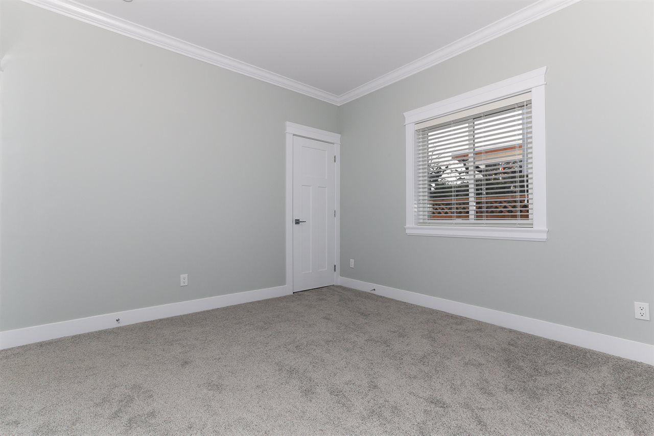 Photo 15: Photos: 5122 44 AVENUE in Delta: Ladner Elementary House for sale (Ladner)  : MLS®# R2024397