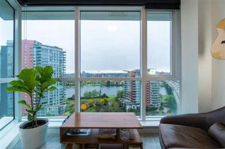Photo 8: 1609 68 SMITHE Street in Vancouver: Downtown VW Condo for sale (Vancouver West)  : MLS®# R2519366