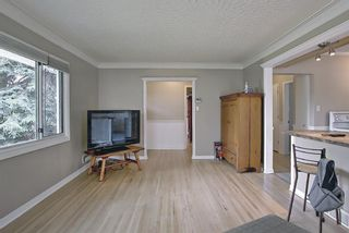 Photo 5: 420 Thornhill Place NW in Calgary: Thorncliffe Detached for sale : MLS®# A1146639