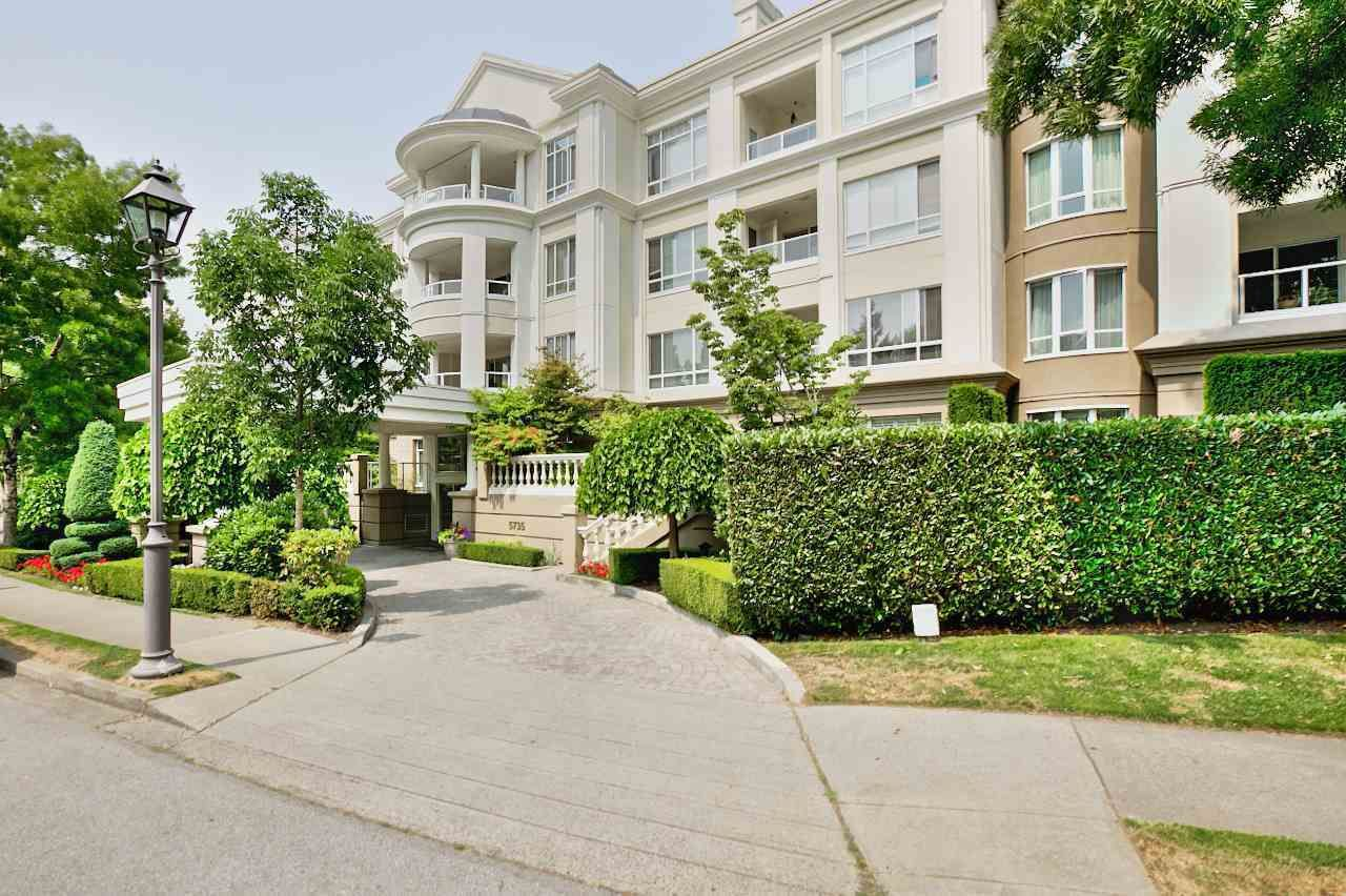 """Main Photo: 133 5735 HAMPTON Place in Vancouver: University VW Condo for sale in """"THE BRISTOL"""" (Vancouver West)  : MLS®# R2433124"""
