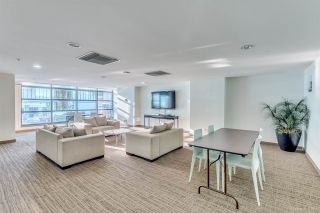 """Photo 18: 1705 33 SMITHE Street in Vancouver: Yaletown Condo for sale in """"COOPERS LOOKOUT"""" (Vancouver West)  : MLS®# R2129827"""