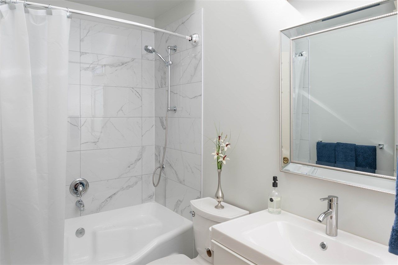 "Photo 6: Photos: 305 3875 W 4TH Avenue in Vancouver: Point Grey Condo for sale in ""Landmark Jericho"" (Vancouver West)  : MLS®# R2448457"