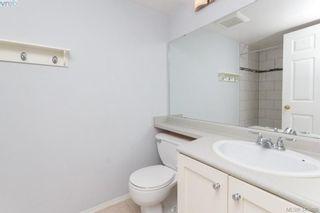 Photo 5: 103 3215 Rutledge St in VICTORIA: SE Quadra Condo for sale (Saanich East)  : MLS®# 685772