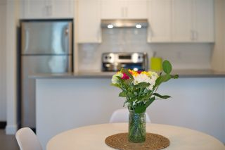 "Photo 8: 110 99 BEGIN Street in Coquitlam: Maillardville Condo for sale in ""Le Chateau"" : MLS®# R2248058"