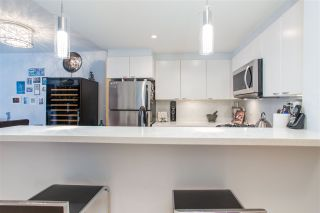 Photo 3: 300 160 W 3RD STREET in North Vancouver: Lower Lonsdale Condo for sale : MLS®# R2399108