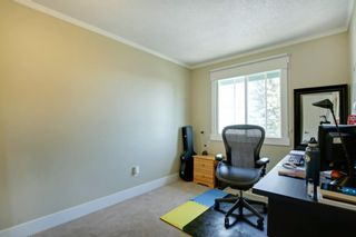Photo 23: 172 WOODGLEN Grove SW in Calgary: Woodbine Detached for sale : MLS®# A1030510